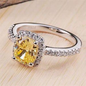 🆕 4 Carat Amber Cubic Zirconia space Crystals